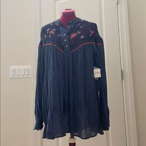 Free people collarless tunic blouse with pockets